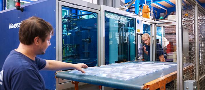 Serienproduktion transparente Kunststoffteile