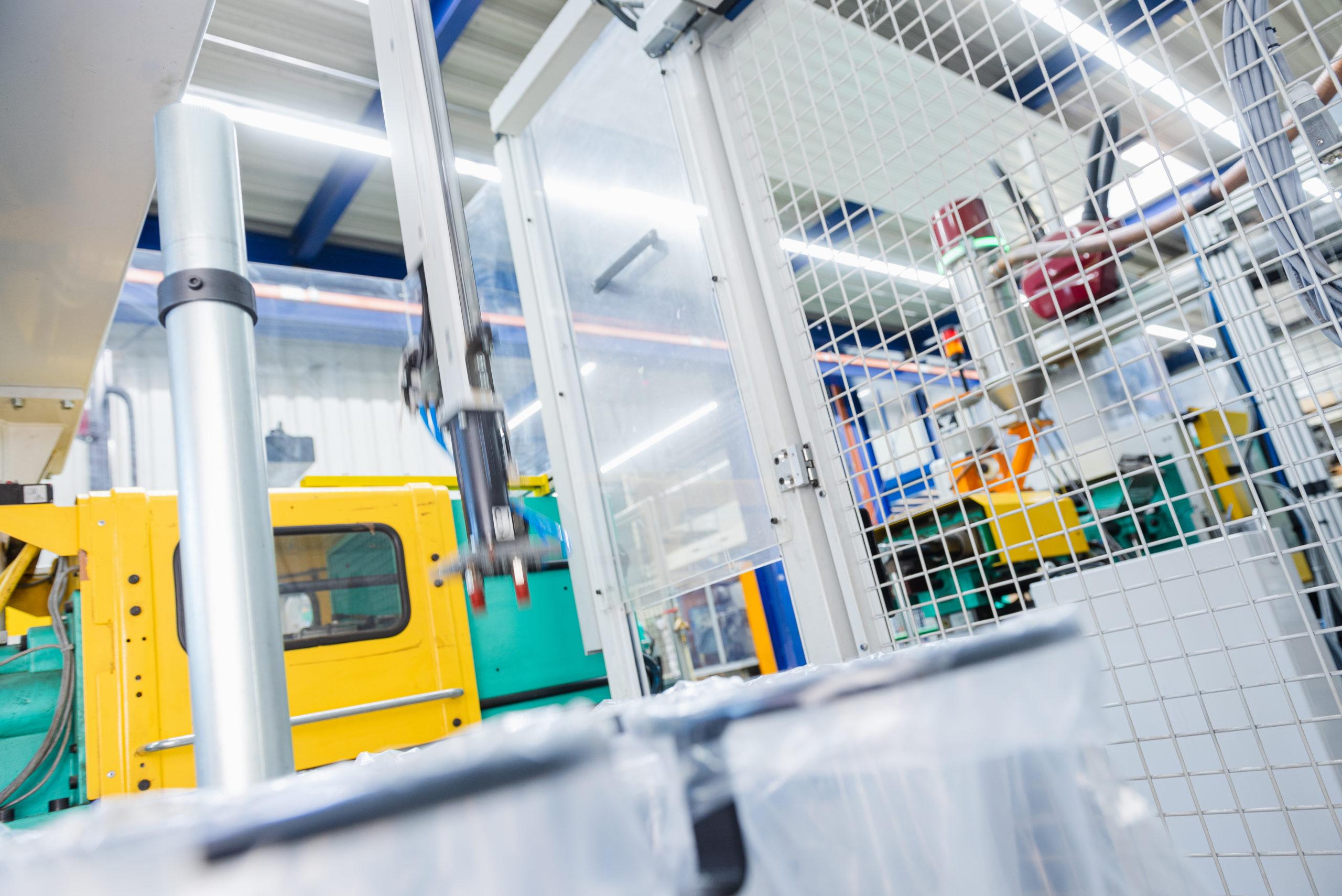 Spritzgussmaschinen mit Robotsystemen