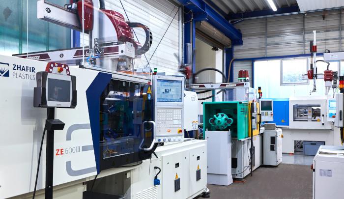 Maschinen in der Kunststoffverarbeitung